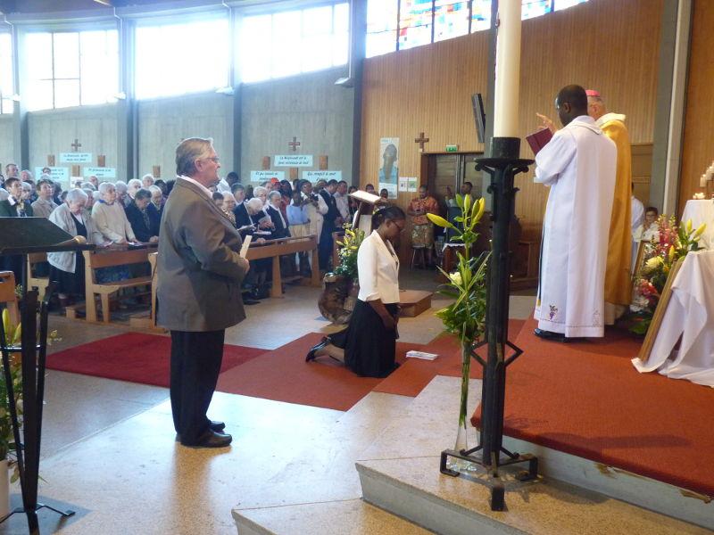 La cérémonie des Vœux définitifs d'Hortense MINTSA en l'église Saint-Jean Baptiste à Toulouse