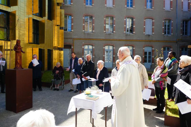 Un nuevo edificio se ha construido en el Jardín de la Casa Madre