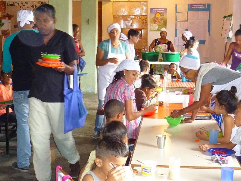 Comedor «Madre de la Compasión» respondiendo a la crisis del País
