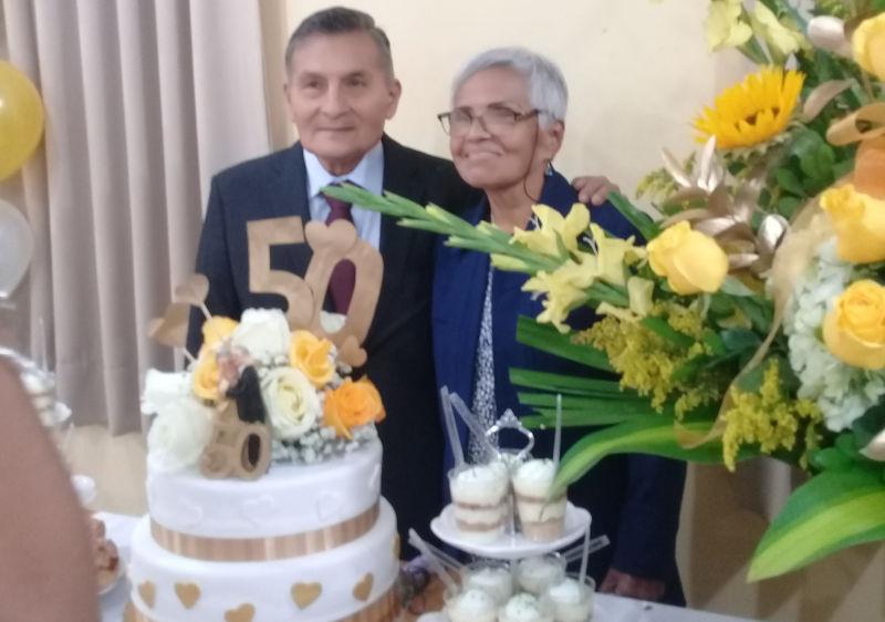 Celebración de las bodas de oro matrimoniales de Maruja y Julio