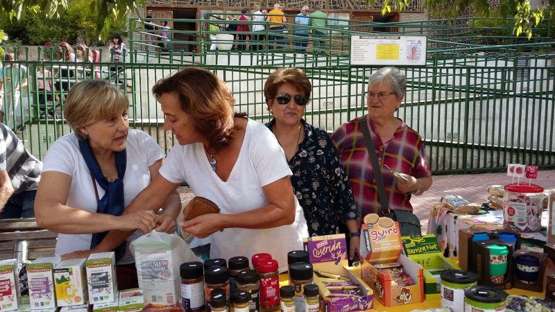 Exposition et vente de produits du Commerce Équitable dans notre Paroisse